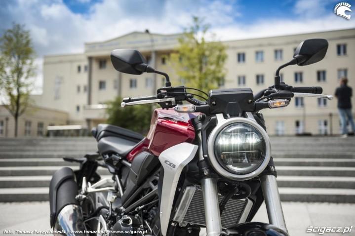 Honda CB300R 2018 test 10