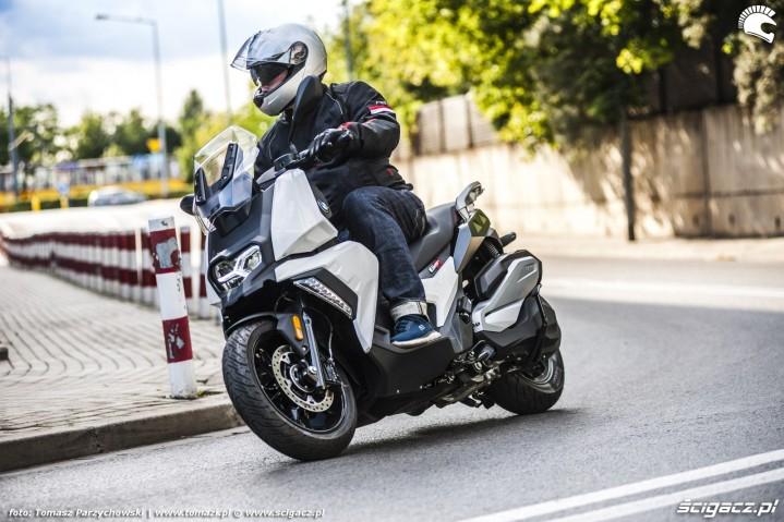BMW C 400 X test 2019 03