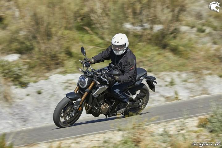 Honda CB 650R 2019 dynamika