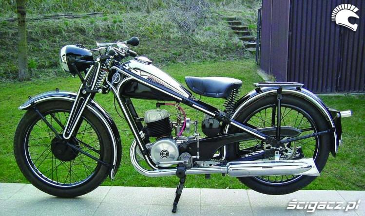 Zdjęcia Cz 175 Zabytkowy Motocykl Czechoslowacki Jawa I Cz Legendy Starej Pragi