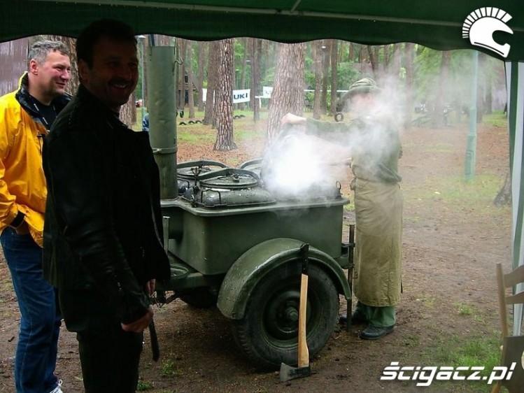 Zdjęcia kuchnia polowa  Intruzownia 2009 -> Kuchnia Polowa Mejk