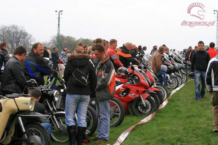 Zdjęcia motocykle w szeregu otwarcie sezonu czestochowa 2008  otwarcie sezo   -> Kuchnie Weglowe Używane Czestochowa