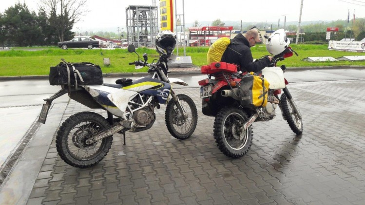 Stacja Husqvarna 701 Enduro turystycznie