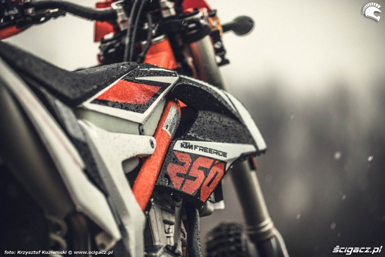 KTM Freeride 250F 2017 test motocykla 05