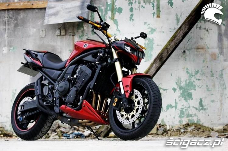 Yamaha Fazer)streetfighter