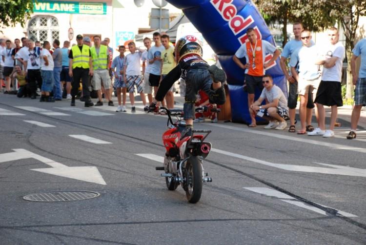 16. Piotrus - wheelieholix