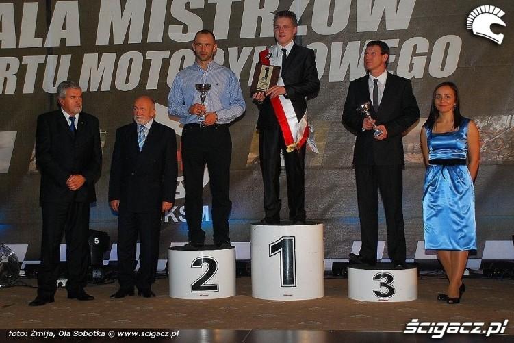 Mistrzowie Polski sportow motocyklowych 1