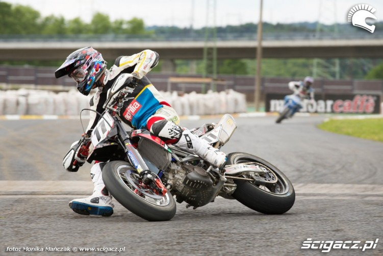 Asseri Kingelin FIM Supermoto GP Czech