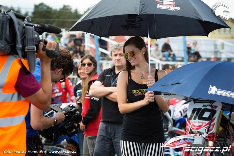 hostessa FIM Supermoto GP Czech
