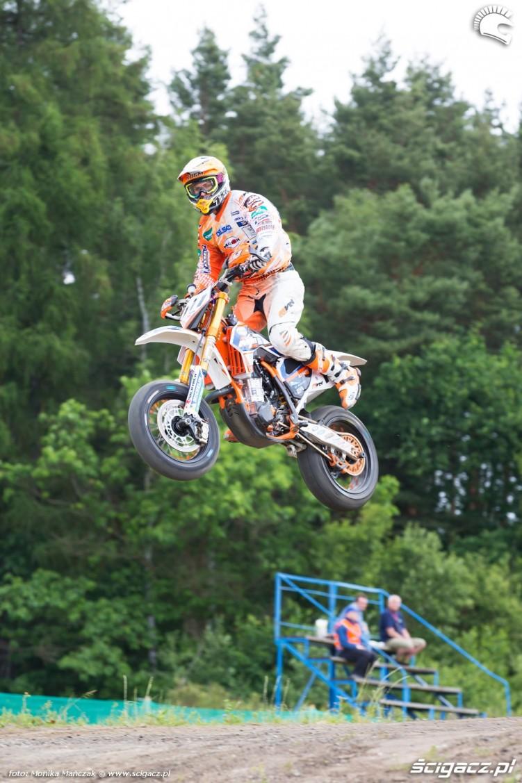wyskok FIM Supermoto GP Czech