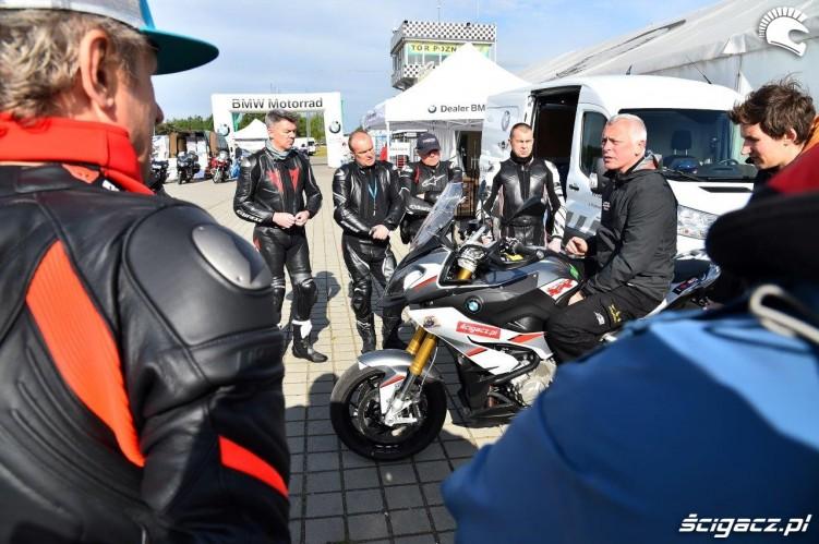 Poziom 3 California Superbike School Poznan