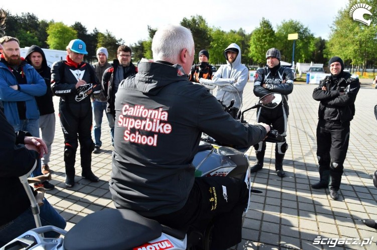Zimny poranek California Superbike School Poznan