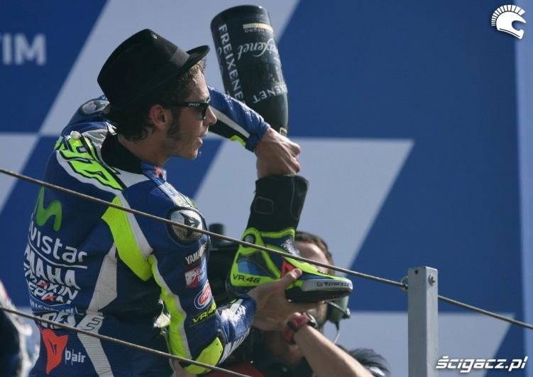 Rossi celebracja Grand Prix Misano 2016