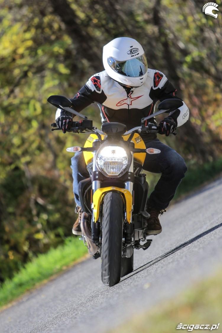 Ducati Monster 821 2018 36