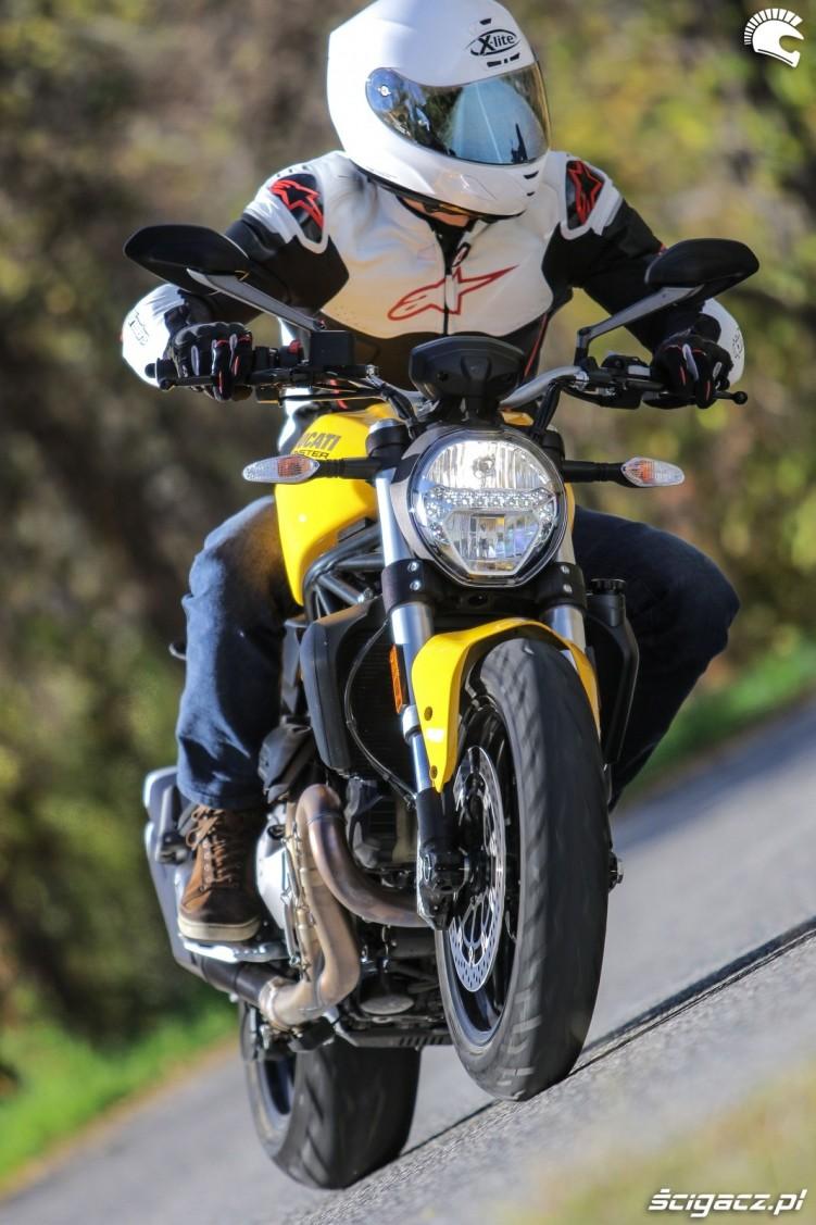 Ducati Monster 821 2018 37