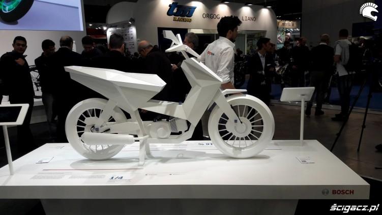 bosch motocykl z kartonu