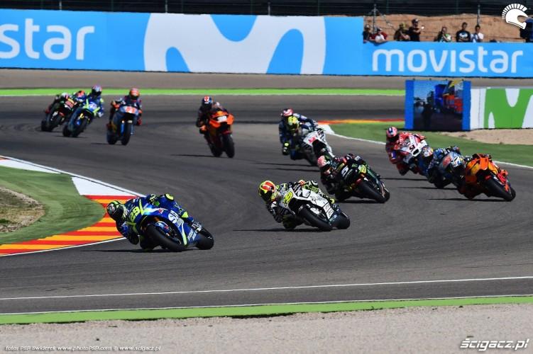 MotoGP Aragon Ecstar Suzuki 29 Andrea Iannone 14