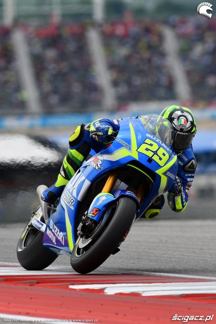 MotoGP Austin Andrea Iannone 29 Suzuki 11