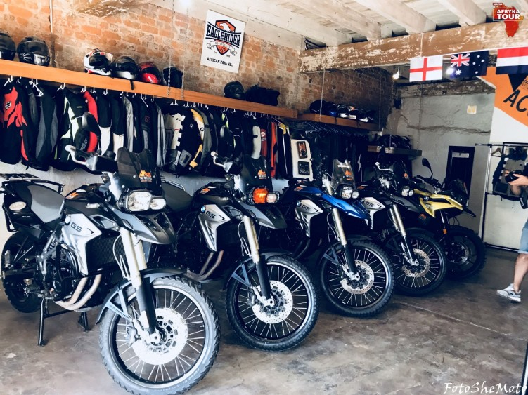 Motocyklami po Afryce z Motulem 02