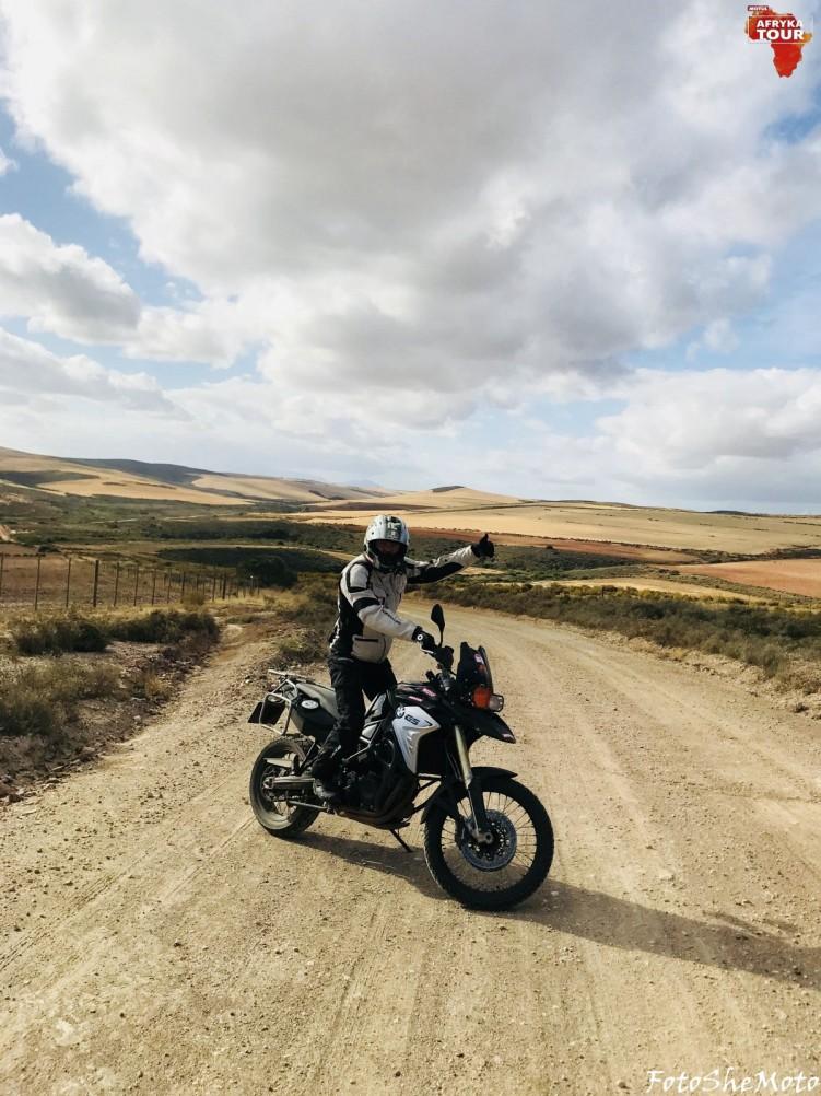 Motocyklami po Afryce z Motulem 12