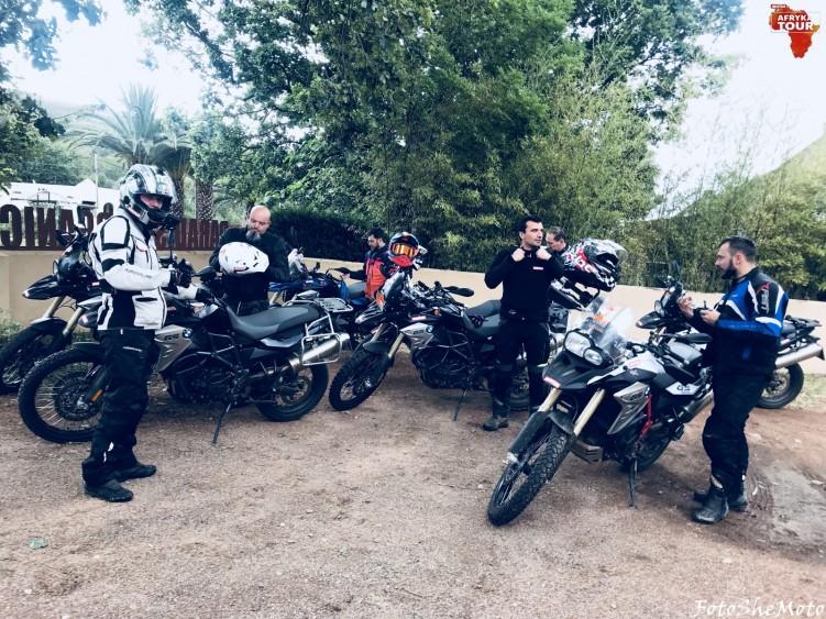 Motocyklami po Afryce z Motulem 18