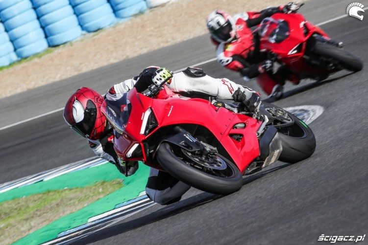 11 panigale v2 barry