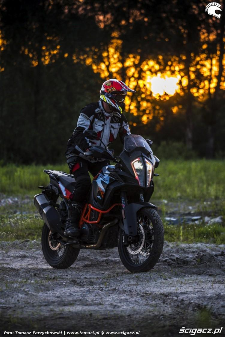 KTM Super Adventure R offroad 10