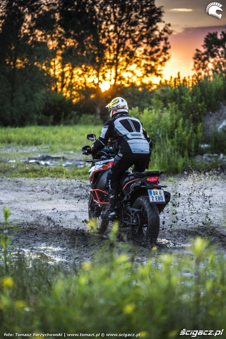 KTM Super Adventure R offroad 20