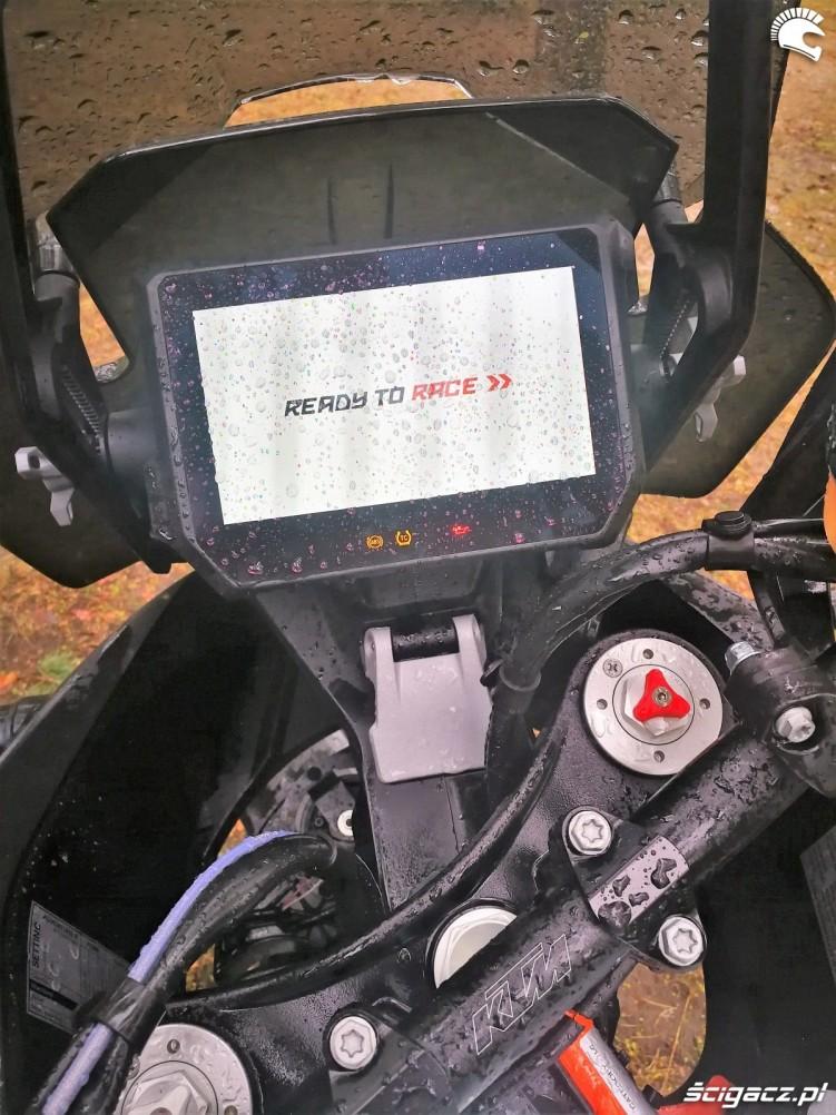 TEST KTM 1290 Super Adventure R 21