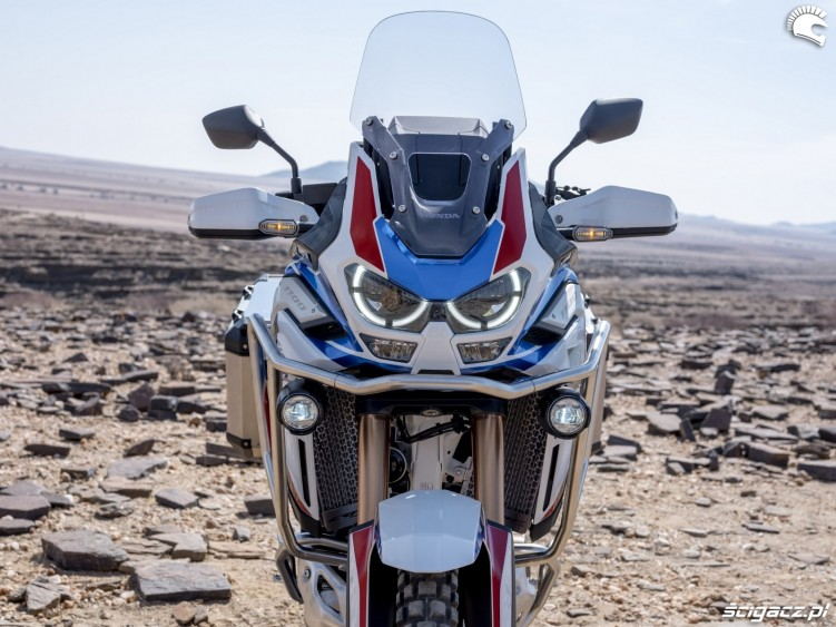africa twin 1100 adventure sports czasza