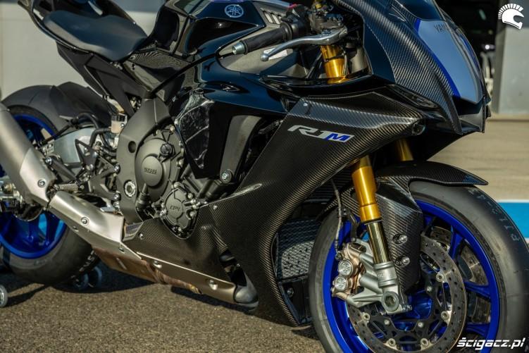 Yamaha R1 M 2020 detale 05