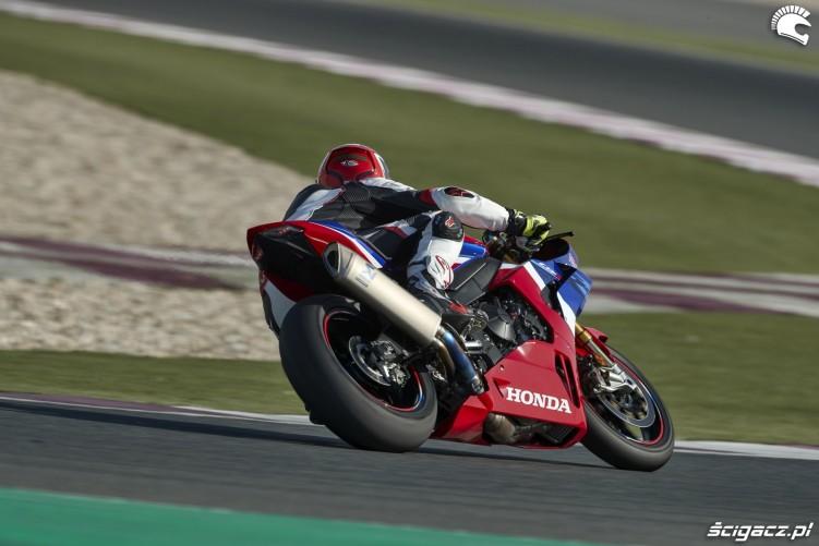 04 honda sportowy motocykl 2020