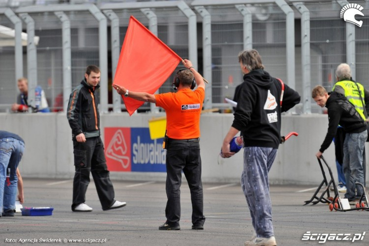 czerwona flaga WMMP Slovakiaring