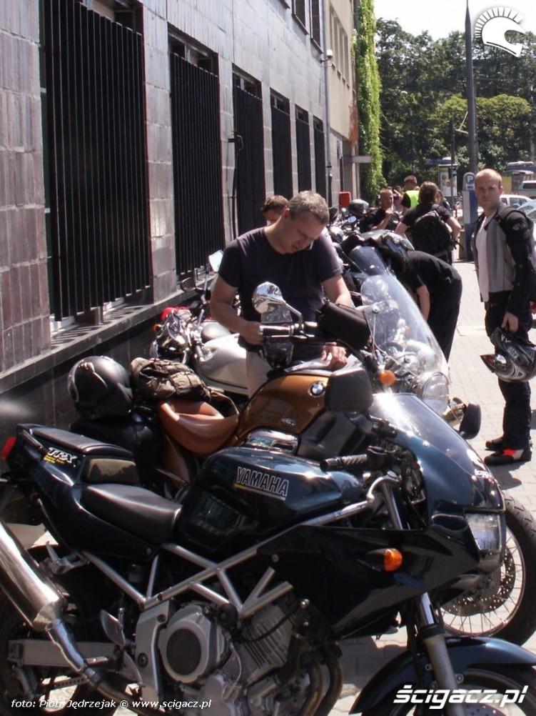 motocykle pod ministerstwem protest przeciwko oplatom na autostradach