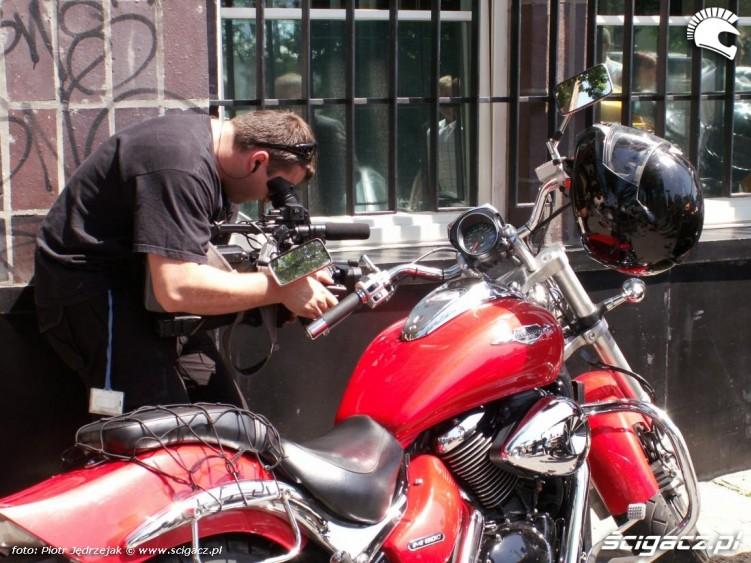 nagranie motocyjka protest przeciwko oplatom na autostradach