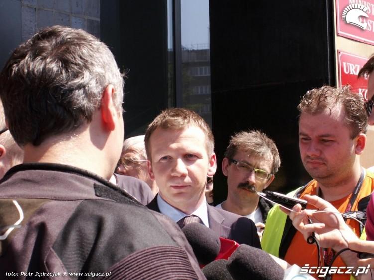 rzecznik ministra infrastruktury grabarczyka protest przeciwko oplatom na autostradach