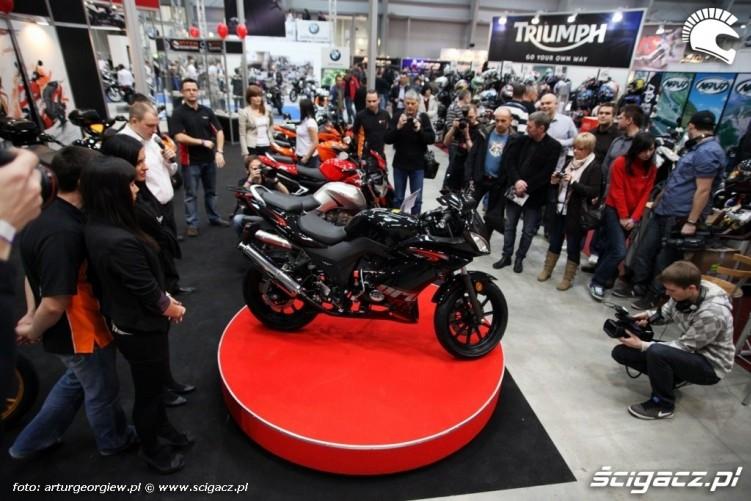 prezentacja zipp Targi Motocyklowe w Warszawie - III Ogolnopolska Wystawa Motocykli i Skuterow 2011