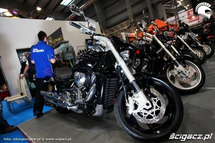 suzuki intruder Targi Motocyklowe w Warszawie - III Ogolnopolska Wystawa Motocykli i Skuterow 2011