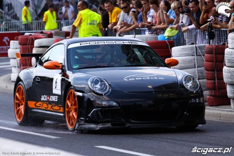 Porshe GT3 Verva Street Racing