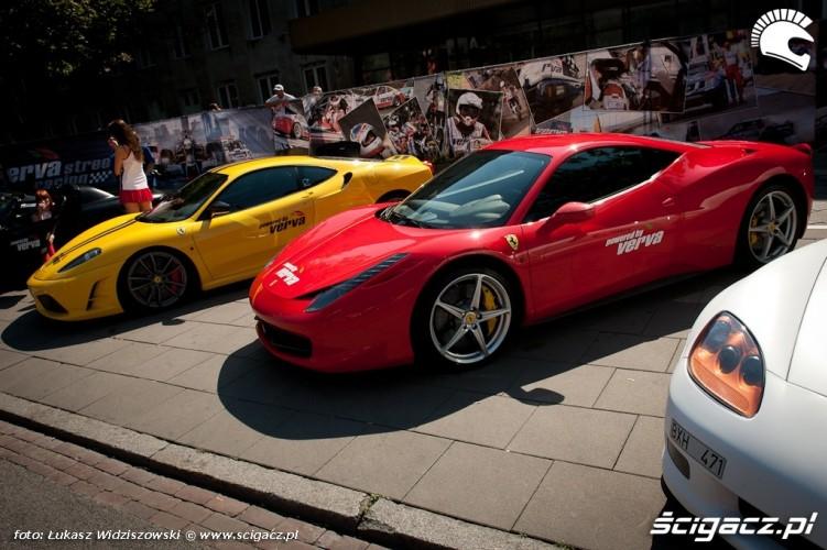 Street Racing Ferrari