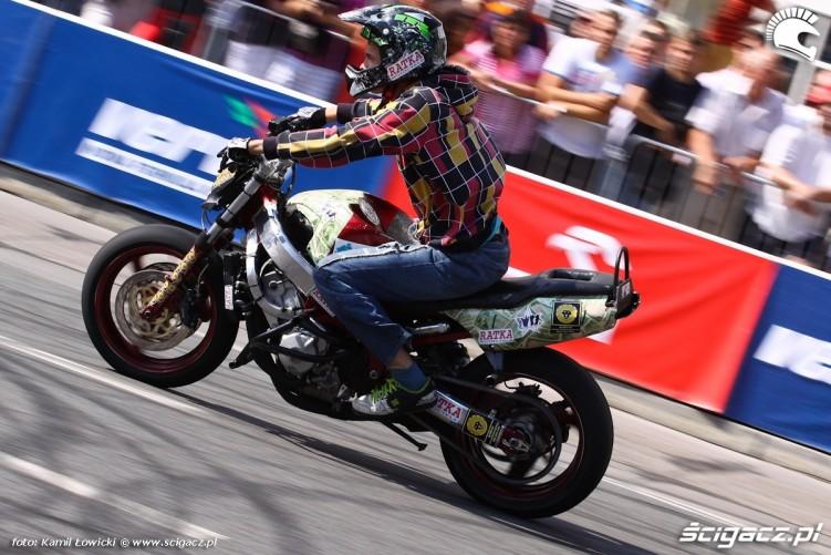 Verva Street Racing Stunt Show