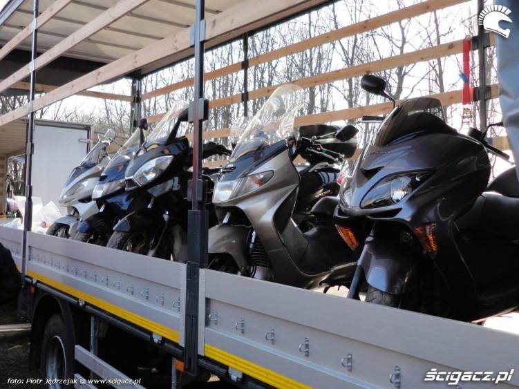 skutery na pace warszawski bazar motocyklowy - 13 marca poczatek sezonu