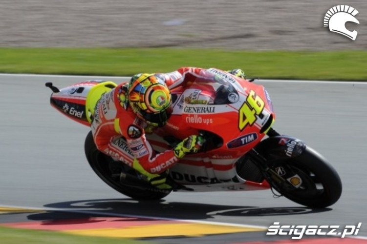 Ducati Sachsenring Rossi zakret