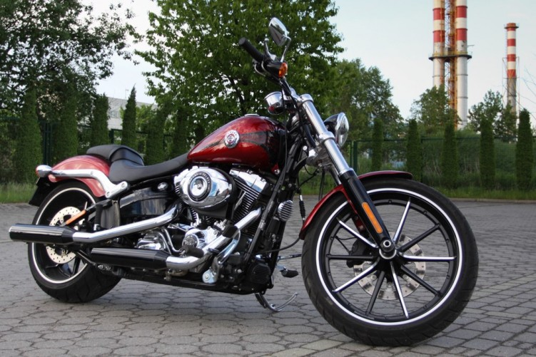 Harley-Davidson-Breakout 18941 2