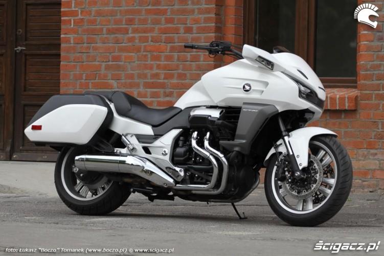Honda-CTX1300 19046 1