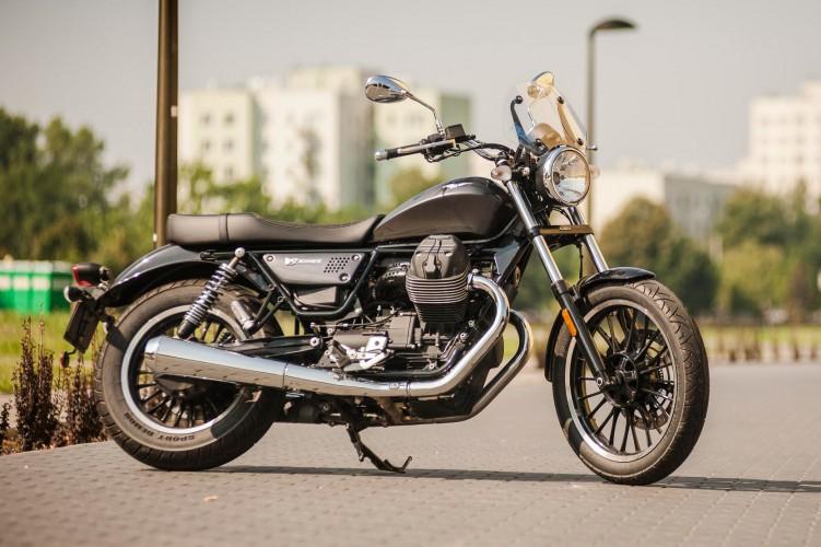 Moto-Guzzi-V9-Roamer 19407 1