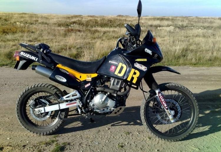 Suzuki-DR650 18933 1