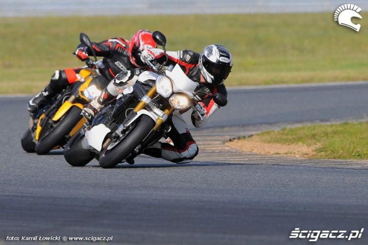 Poznan Triumph Speed Triple R Ducati Streetfighter 848