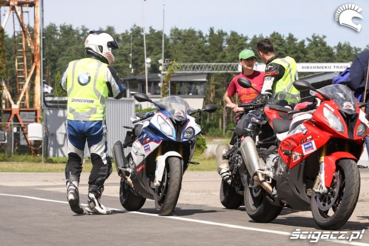 ryga superbike school
