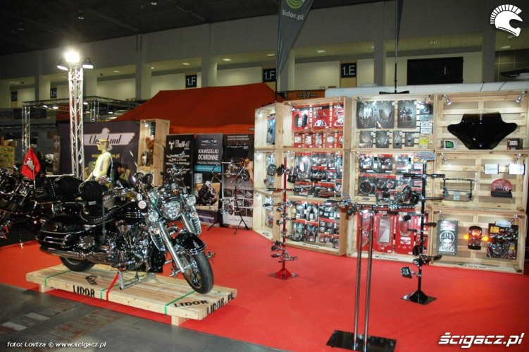 Dodatki do customow Motor Show Poznan 2015